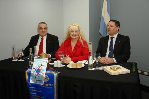 Gabriel Vulej, Marcela Capdevila y Hernán Quintanilla